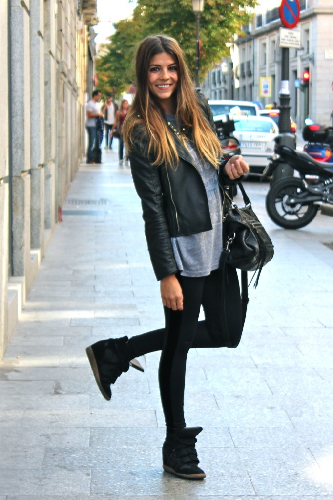 http://divamarket.ru/images/upload/40023b434c768bc9a4d657cf055be411--sneaker-wedges-outfit-pink-nikes.jpg
