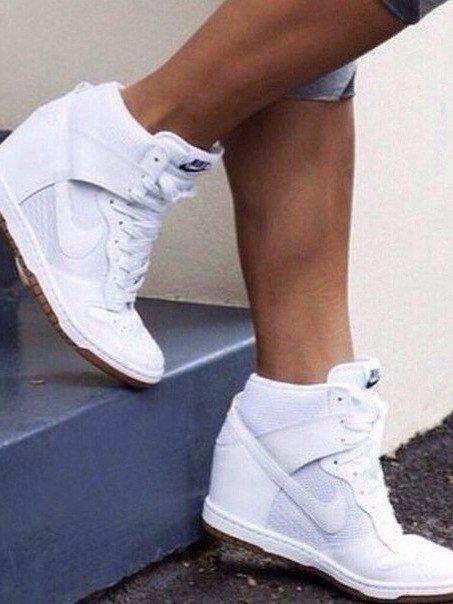 http://divamarket.ru/images/upload/Nike%20Dunk%20Sky.jpg