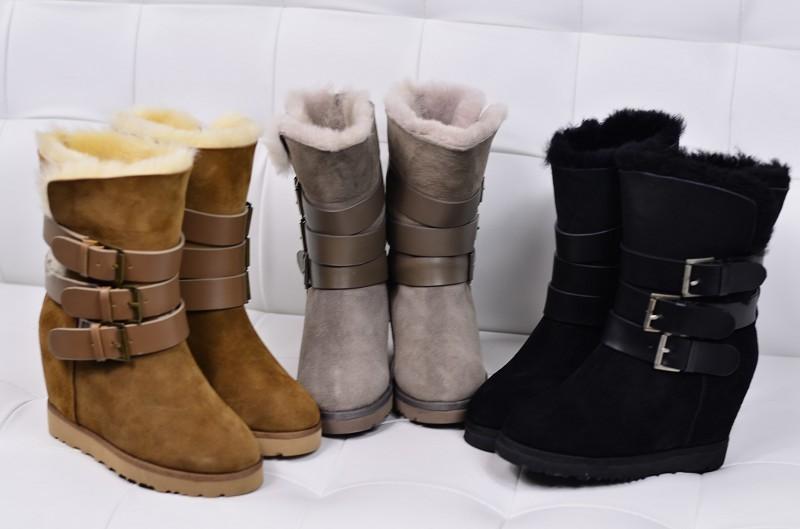http://divamarket.ru/images/upload/Wholesale-2013-font-b-ASH-b-font-Brand-100-Genuine-Sheepskin-Fur-Snow-Boots-Women-s.jpg